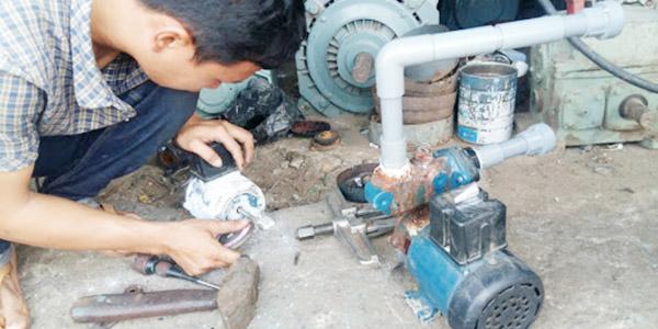 sửa chữa máy bơm giá rẻ