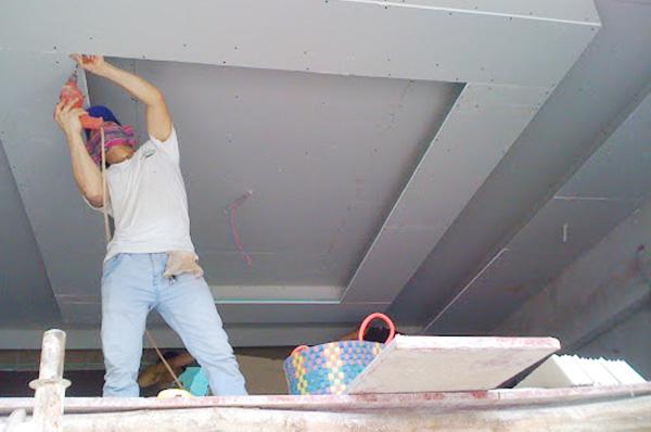 sửa chữa đóng trần thạch cao