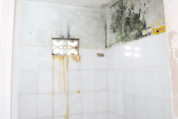 xử lý thấm dột nhà vệ sinh